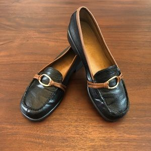 Aerosoles Black & Brown Loafers Size 8